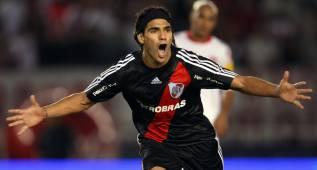 Hinchas de River piden el regreso del Tigre con #VolveFalcao