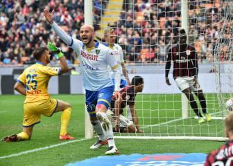 Bacca anota ante Frosinone e iguala a Dybala con 16 goles