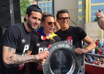 Así celebra Santiago Arias el título con el PSV en Eindhoven