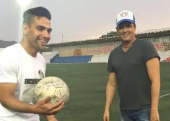 Falcao y Carlos Vives disfrutan del fútbol en Santa Marta