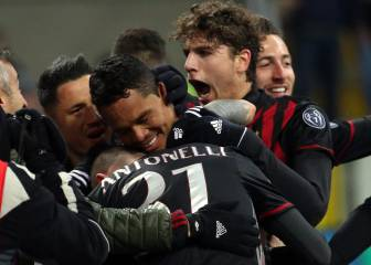 Milan confía en Bacca para seguir en Europa ante el Napoli
