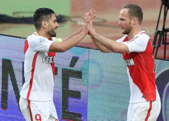 Falcao sigue líder en Francia con Mónaco, que goleó al Lorient