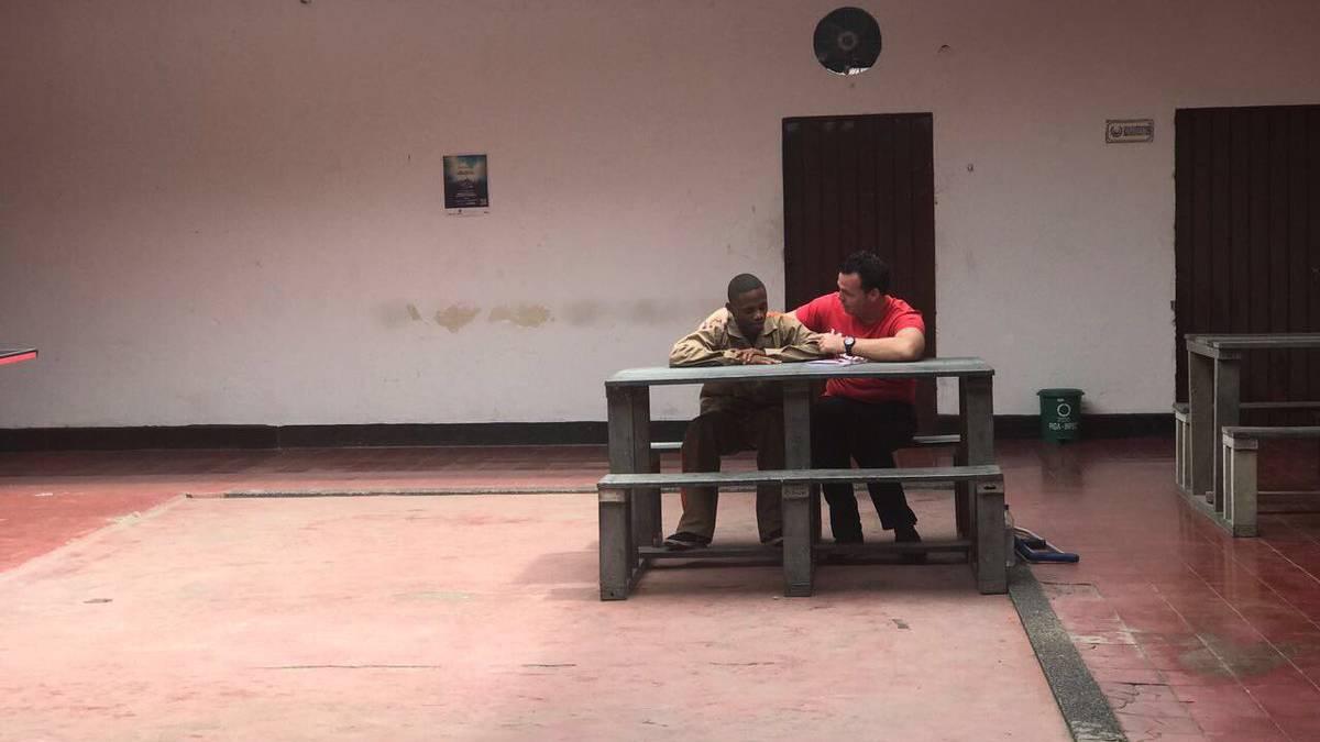Alexis Viera visitó en la cárcel al hombre que lo baleó