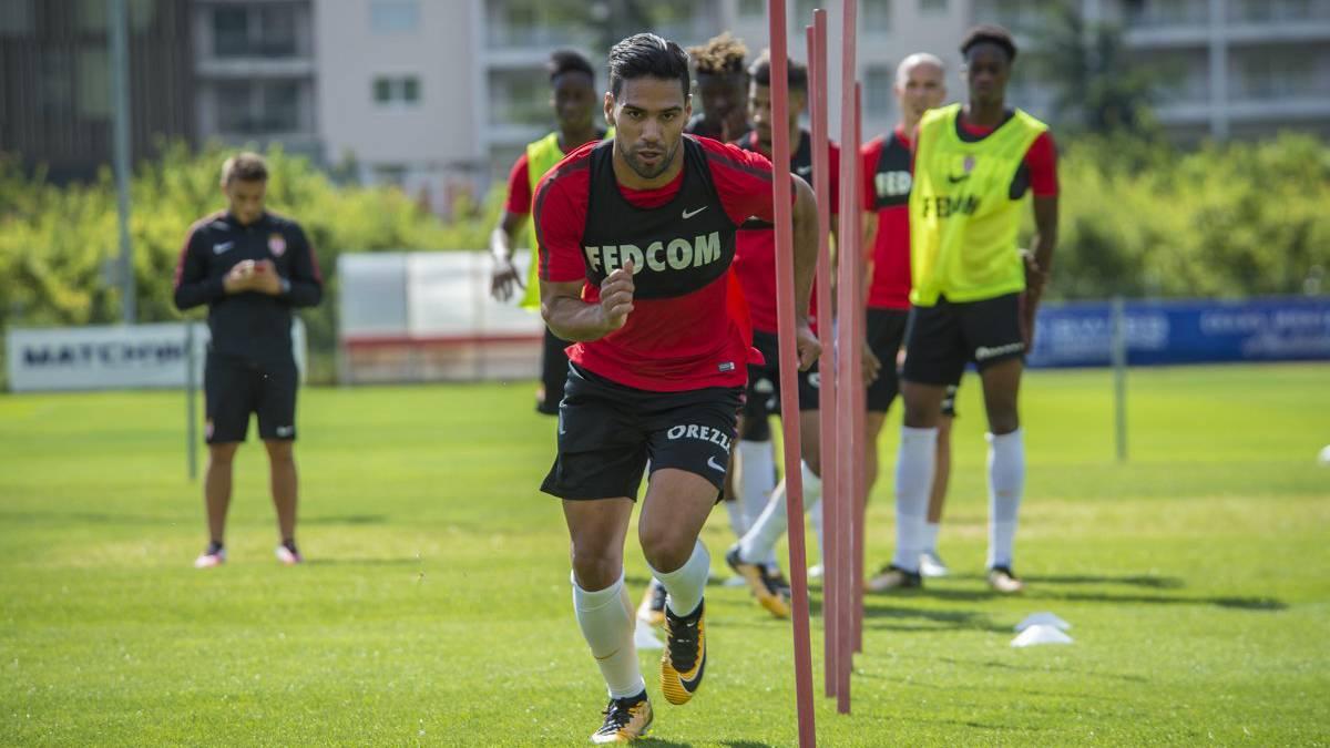 Volvió al Mónaco, 4 minutos en cancha y gol — Falcao García