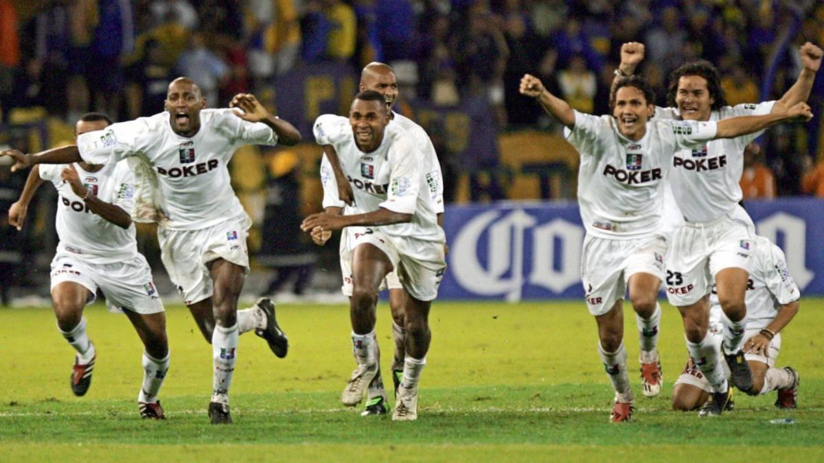 Fútbol: Corinthians vence a Patriotas y avanza a octavos de Copa Sudamericana