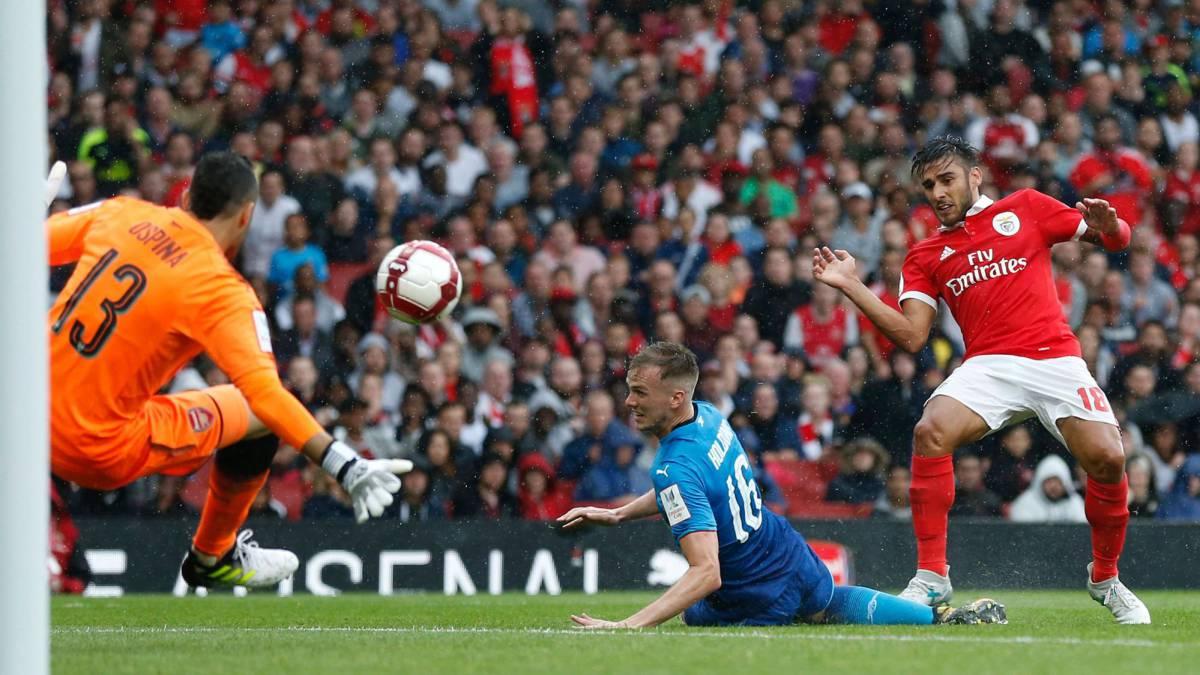 Arsenal y Benfica chocan por la Copa Emirates 2017