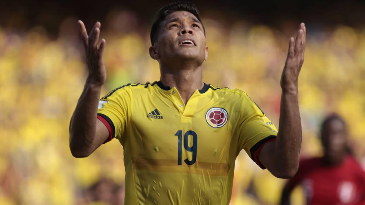 Junior confirma lesión de Teófilo: peligra su convocatoria a la Selección