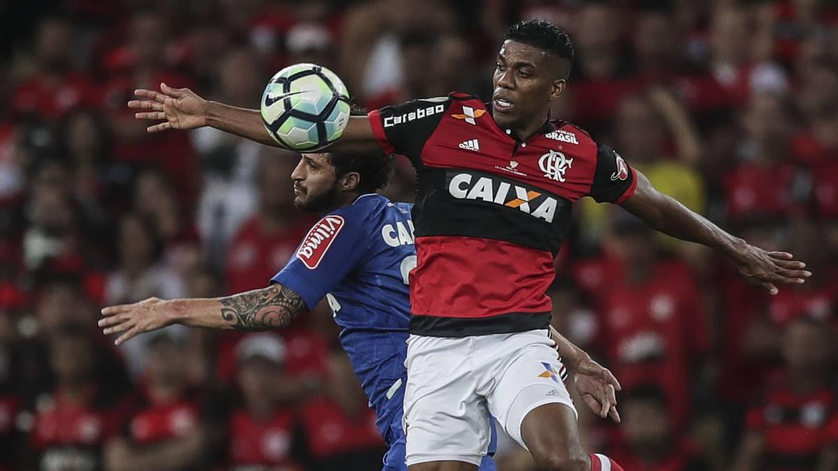 Con Paolo Guerrero, Flamengo igualó 0-0 con Chapecoense en la Sudamericana