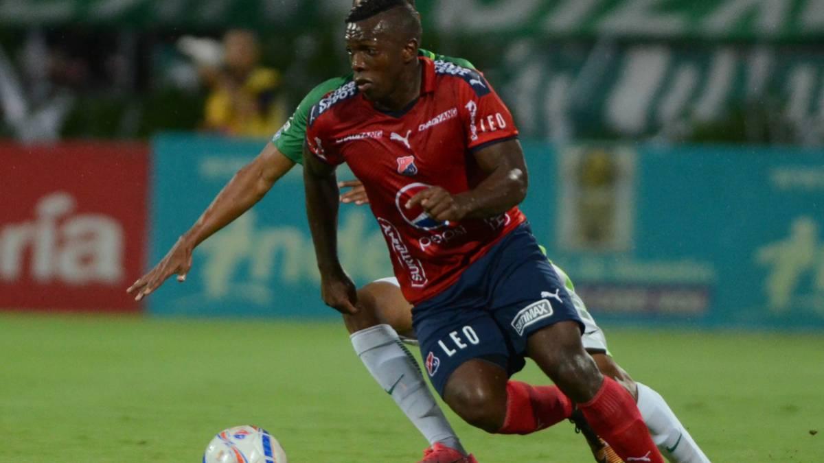 Cali: Meluk reaccionó airadamente tras arbitraje del juego Medellín