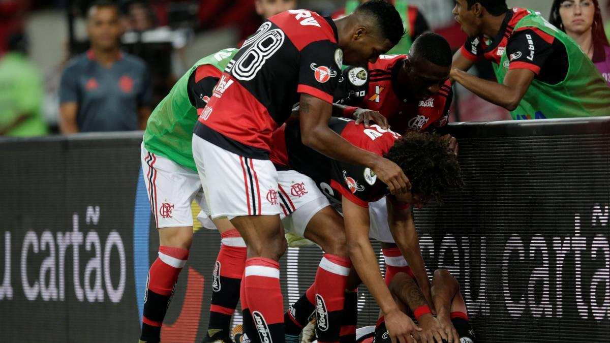 ¡Volvió al gol! Paolo Guerrero anota en triunfo del Flamengo
