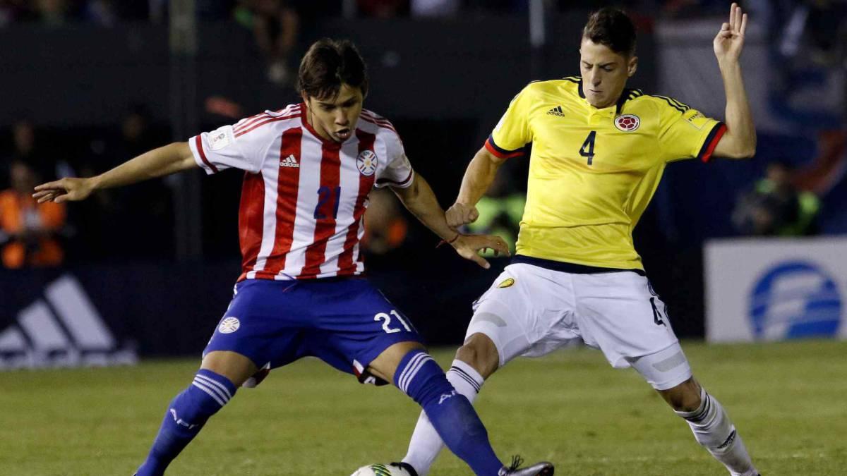 'Pibe' Valderrama dice que Colombia debe llegar clasificado al partido contra Perú