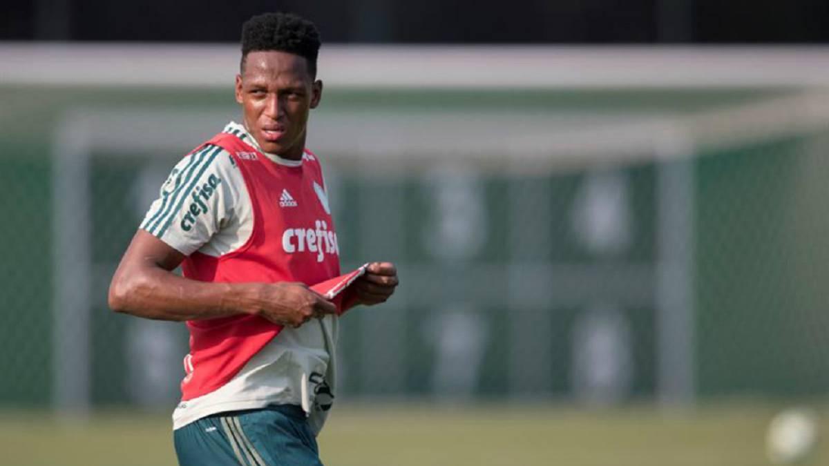 Yerry Mina quiere que Barcelona defina su futuro