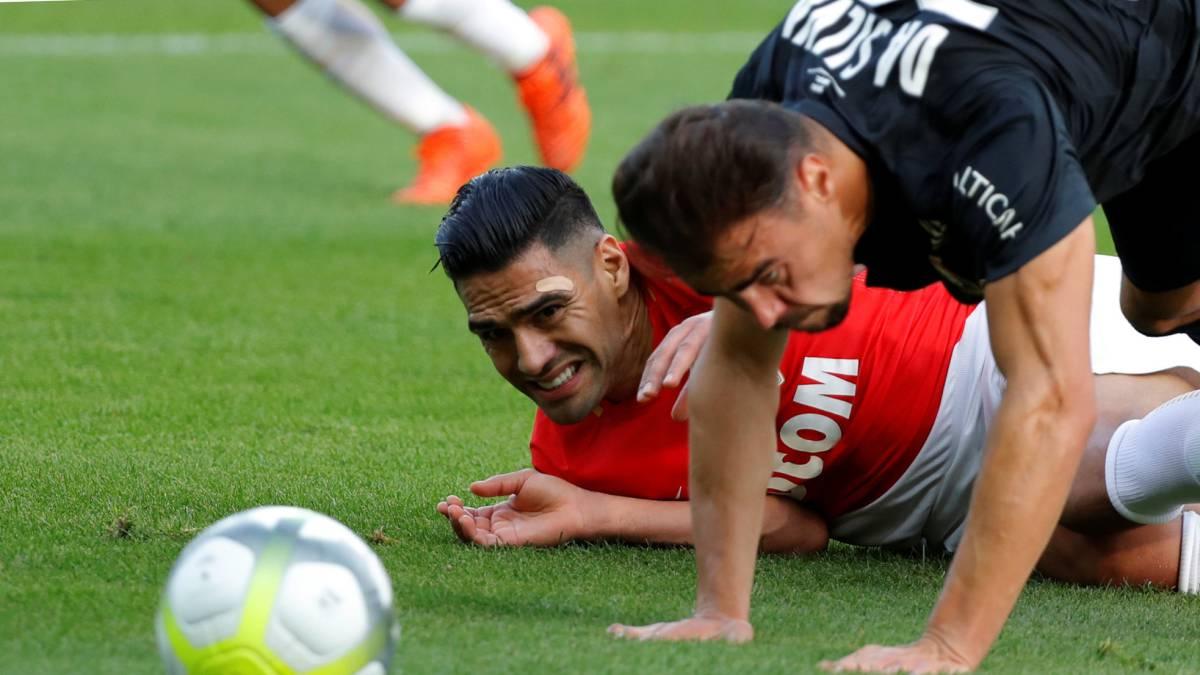 Falcao sigue lesionado y no jugará Liga de Campeones este miércoles