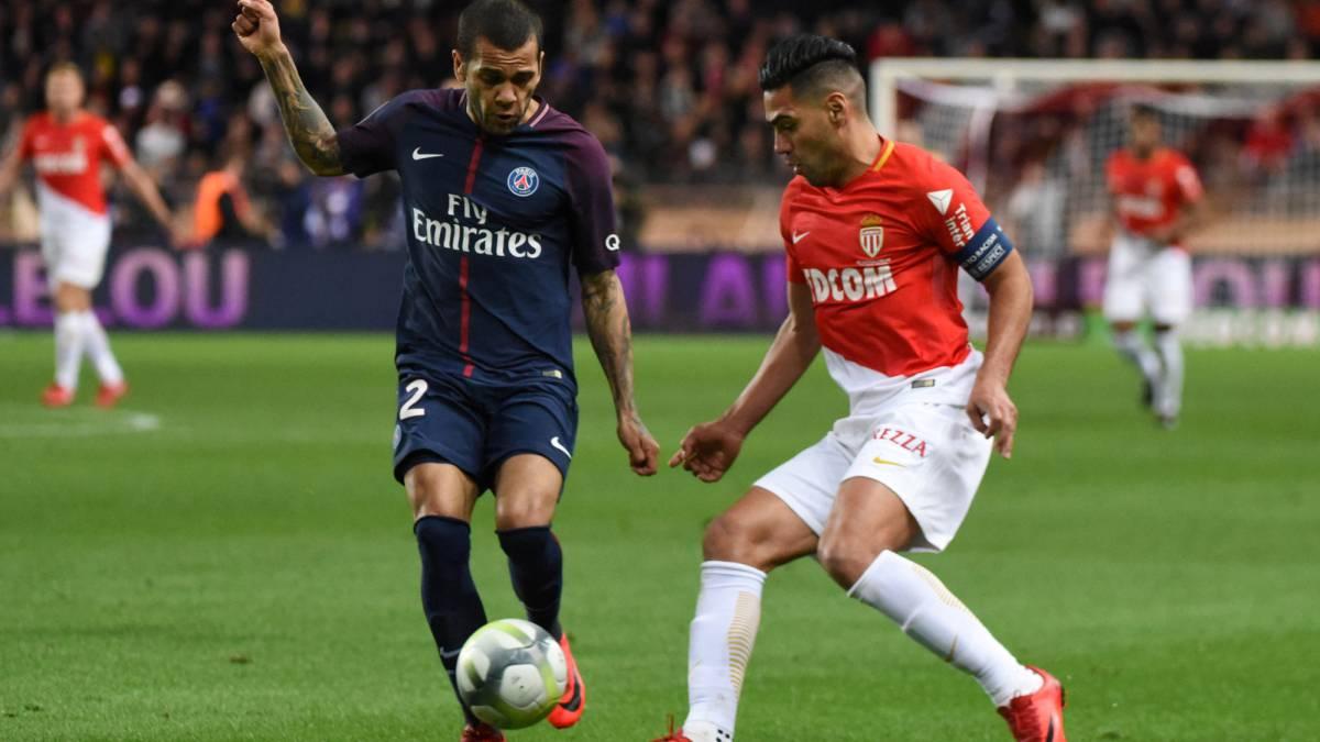 El PSG supera al Mónaco (1-2) y el Lyon se da un festín de goles en Niza (0-5)