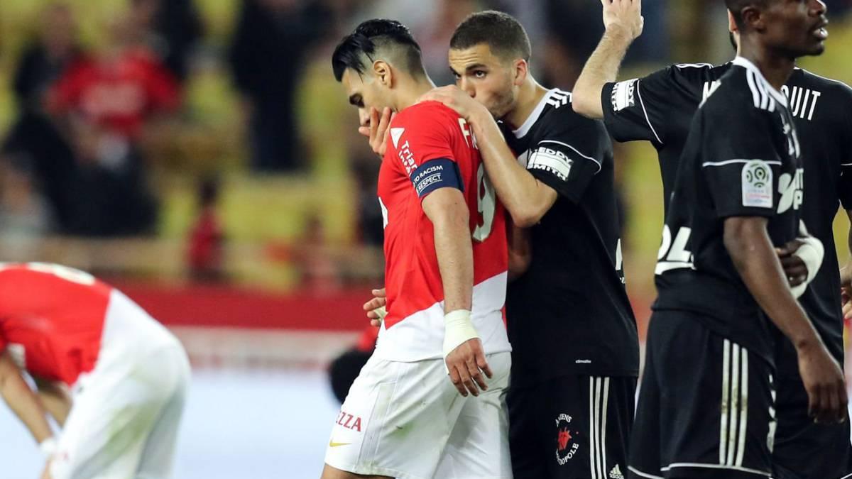 Falcao se lesionó y no jugará con el Mónaco este domingo