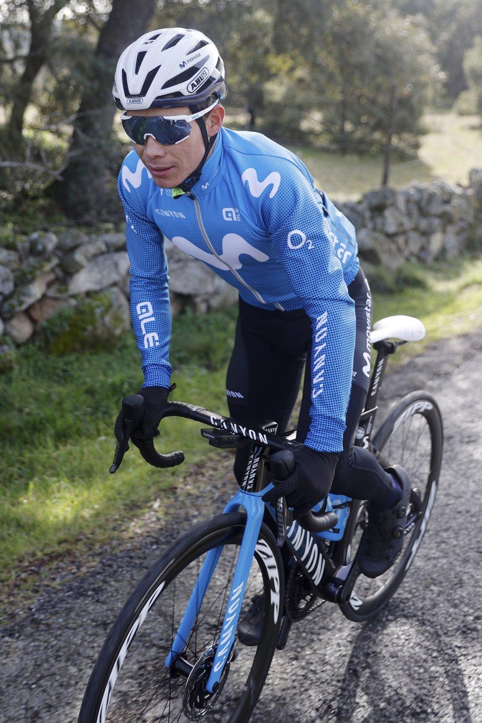 Miguel Ángel López ya se encuentra entrenando con su nuevo equipo, el Movistar Team. El pedalista colombiano realiza la pretemporada en Madrid