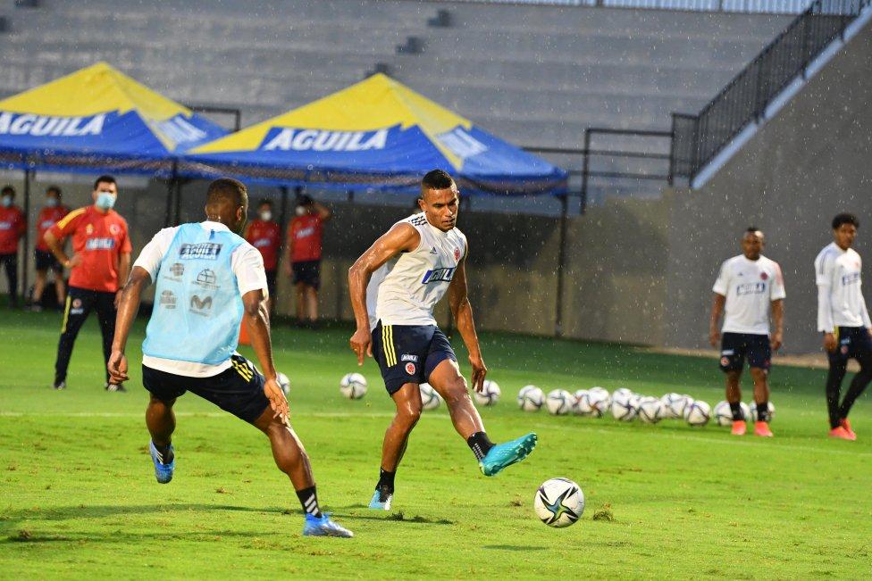 Última práctica de Colombia antes de recibir a Argentina