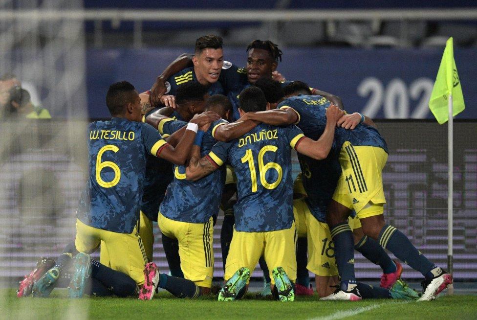 Imágenes del partido Brasil 2-1 Colombia