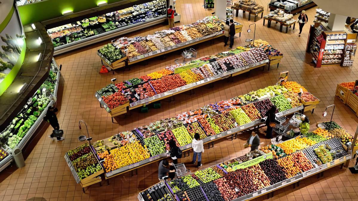 elegir supermercado supone un ahorro medio de 947 euros al año as com