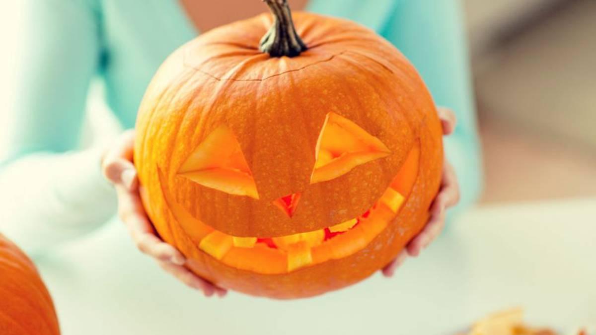Video Como Vaciar Y Cortar Una Calabaza Para Decorar En Halloween - Calabaza-hallowen