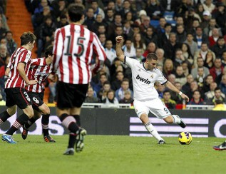 Benzema on fire as Real Madrid brush Athletic aside