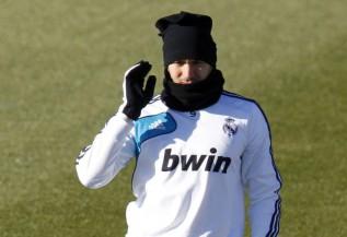 José Mourinho puts Karim Benzema on notice