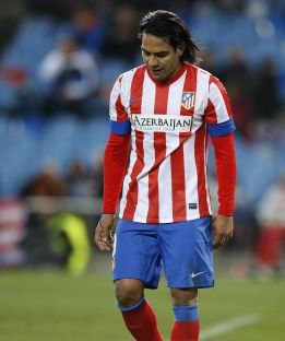 Falcao forced off against Levante with hamstring tear