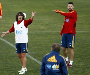 Puyol a likely starter for his 100th match for Spain