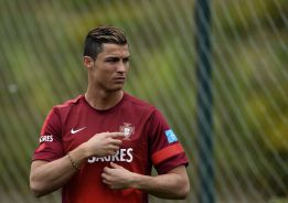 United, City, PSG and Monaco join chase for CR7