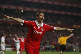 Coentrão and Garay, makeweights in Matic operation
