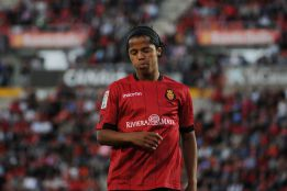 Giovani Dos Santos is officially a Villareal player