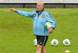 "Del Bosque: ""We are happy with the three goalkeepers we have"""