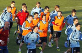 Arbeloa, Pique and Ramos miss training in favour of gym work