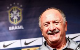 Scolari includes Costa in 45-man provisional Brazil 2014 squad