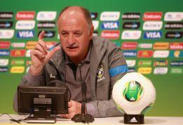 Scolari recalls Robinho as replacement for Diego Costa