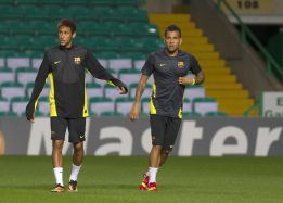 """Alves: """"Neymar is ready to step into Messi's role"""""""