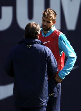 Barça start their Clásico preparation with Piqué's return
