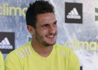 Koke: I'd pay Courtois money to face Chelsea - if I had it
