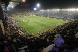 Villarreal fined 12,000 euros for the banana thrown at Alves