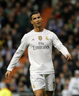 "Cristiano issues ""Benítez or me"" ultimatum to Florentino, says Fox"