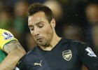 Santi Cazorla out for three months with knee problem