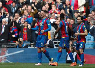 Wickham makes Palace glad all over