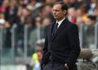 Allegri pens new deal with Juventus