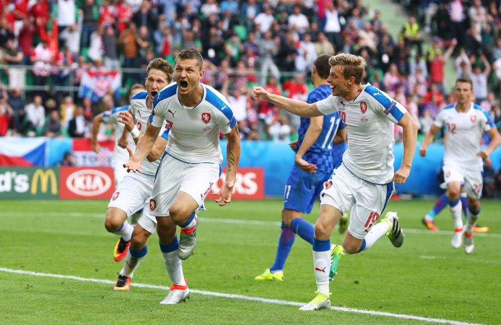 Euro 2016 Group D Czech Republic Fight Back For Croatia Draw In