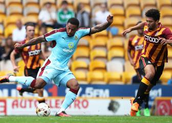 Andre Gray slams 'stone-age' Burnley fans after racism row