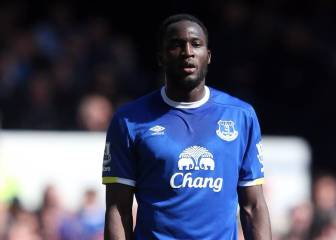 Lukaku withdraws transfer request, commits to Everton
