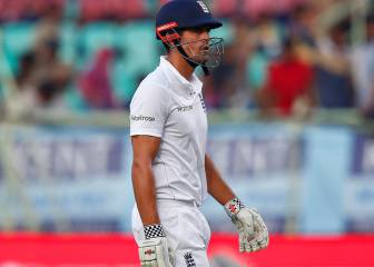 England's second India Test hopes hurt by late wickets