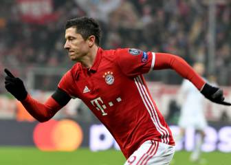 Lewandowski sizzler denies Atleti a perfect six