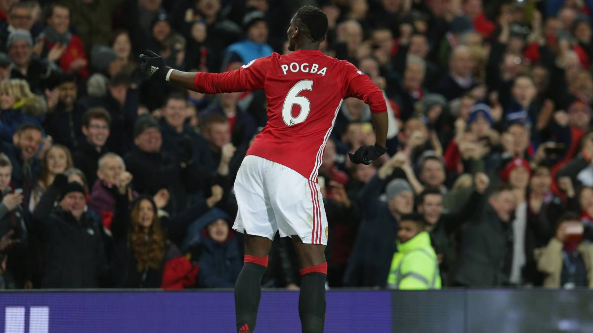 433455c01 Paul Pogba of Manchester United celebrates scoring their second goal