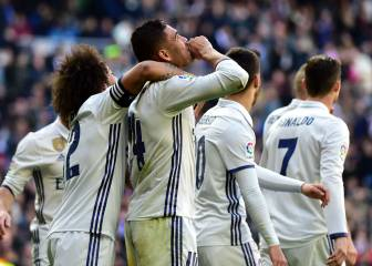 Real Madrid brush off Granada to equal unbeaten record